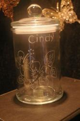 Bonbonniere en verre personnalisee par la gravure pour un cadeau de noel original